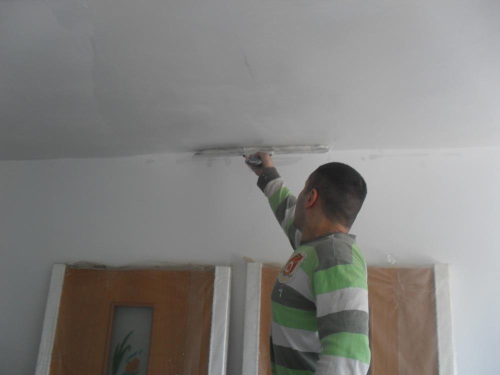 Шпаклевка потолка своими руками под покраску